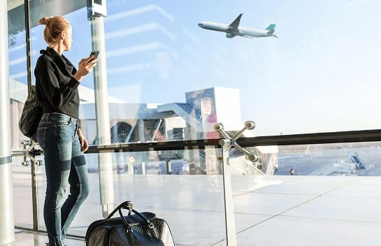 איחור טיסה ופיצוי על פי חוק טיבי