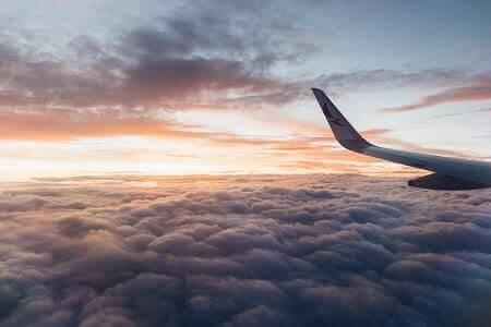 איחור בטיסה של מעל ל- 16 שעות